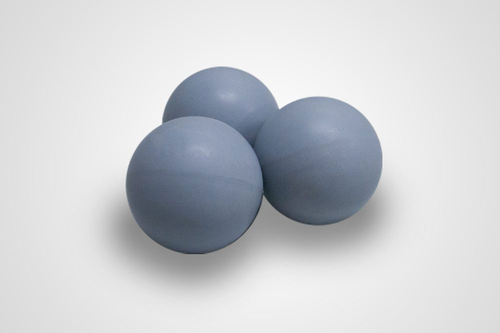 Magnetic metal detectable balls in Natural Rubber